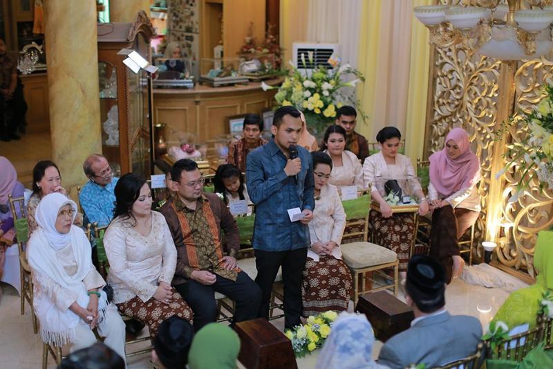 Pembukaan-Acara-Lamaran-Pernikahan